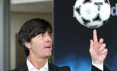 Lēvs Vācijas izlases sastāvā Pasaules kausa izspēlē neatrod vietu Gomesam