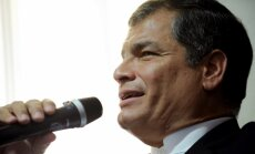 Foto: Ekvadorā veidojas jauna diktatūra, pūļi iziet vardarbīgās demonstrācijās