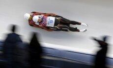 Latvijas kamaniņu braucēji komandas stafetē Vintenbergā paliek uzreiz aiz pjedestāla