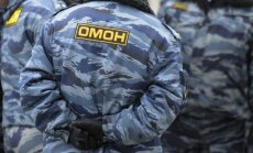 Minskā OMON aiztur opozīcijas politiķi Nekļajevu