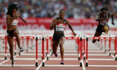 Kendra Herisone labo 28 gadus vecu rekordu 100 metru barjersprintā