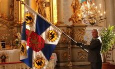 Fotoreportāža no Liepājas: Kā godināja Somijas jēgeru bataljona simtgades karogu