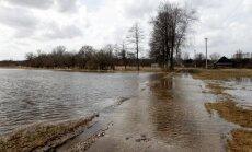Jelgavā pēc pāris dienām gaida ūdens līmeņa samazināšanos upēs