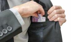 Eiropas kapitāla tirgus slēgts piecām Krievijas bankām