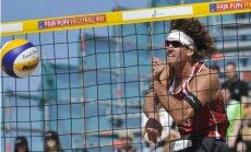 Abi Latvijas pludmales volejbola dueti sasniedz Olštinas 'Grand Slam' posma astotdaļfinālu