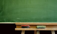 Septembrī skolotāju minimālā alga pieaugs līdz 710 eiro