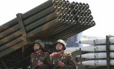 Tramps savā inaugurācijā vēlējies Ziemeļkorejas stila militāro parādi, ziņo medijs