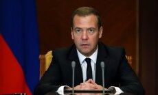 Медведев снял запрет на чартеры из России в Турцию