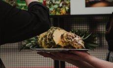 Foto: Ar izstādes atklāšanu un ananasu ēšanu sākas Arhitektūras nedēļa