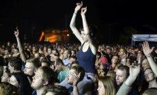 Foto: Frenks Tērners, 'Dzelzs vilks' un cilvēku tūkstoši – lielkoncerta 'Fono Cēsis' noslēgums