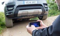 Video: Bezceļos varēs izkāpt no 'Land Rover' un turpināt to vadīt ar telefonu