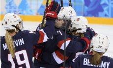 ASV hokejistes iemet sešas ripas zviedrietēm un kļūst par pirmajām finālistēm