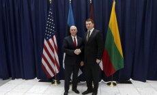 Baltijas un ASV sadarbība ir nemainīgi spēcīga, pēc tikšanās ar Pensu apliecina Vējonis