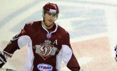 Ivanāns: KHL svarīgāk izdarīt piespēli nekā veikt spēka paņēmienu