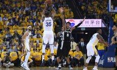 'Warriors' sagrauj Bertāna 'Spurs' NBA izslēgšanas turnīra pirmajā spēlē