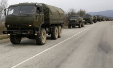Krievija Krimā pie Ukrainas robežas izvietojusi smago tehniku