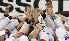 Video: Krievijas hokejistu zelta fināls - Znaroks ložā, Vītoliņš pie komandas 'stūres'