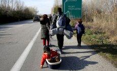 Laikraksts: EK ierosinās centralizēt patvēruma pieprasījumu izskatīšanas sistēmu