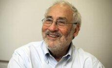 Нобелевский лауреат упрекнул США в игнорировании экономических преступлений