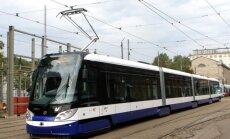 Infografika: 6. tramvaja maršruts joprojām noslogotākais Rīgā