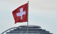 Francijas medijs: Šveice ir 'iesprostota' starp ES sankcijām un sakariem ar Krieviju