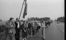 Cēsu apkaimē filmēšanas vajadzībām rekonstruēs Baltijas ceļu
