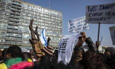 Izraēlā nonākušie patvēruma meklētāji sāk saņemt deportācijas pavēstes