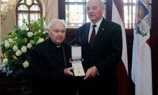 Mūžībā aizgājis vecākais Latvijas katoļu bīskaps