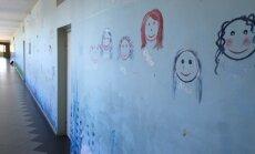 'Mazās lauku skolas nevar gulties tikai uz izglītības budžeta pleciem,' paziņo Šadurskis
