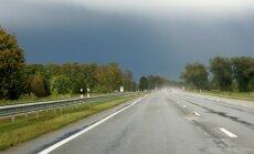 Nākamgad plānots sakārtot ap 1000 kilometrus garus autoceļu posmus