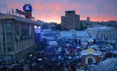 Kijevā paralēli divi mītiņi; iztiek bez upuriem