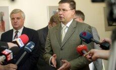 Koalīcija nevienojas jautājumā par Čalovska izdošanu; valdības lēmums gaidāms otrdien