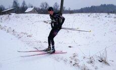 Andris Kivlenieks izcīna divas zelta medaļas Latvijas čempionātā ziemas orientēšanās sportā uz slēpēm