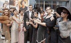 Holivudas zelta laikmeta stilā atklāts kinofestivāls 'Baltijas pērle'