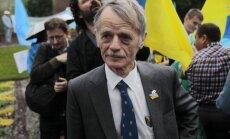 Krimas tatāru līderis cer uz dumpi Putina tuvākajā lokā