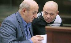 Poļitkovskas slepkavībā apsūdzētajam pieprasa 12 gadu cietumsodu
