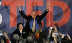 Republikāņu vēlētāju sapulcēs Aiovā visvairāk balsu senatoram no Teksasas Tedam Krusam