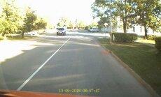 Video: Gulbenē kāds autovadītājs mazāk nekā minūtes laikā veic vairākus pārkāpumus