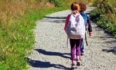 Skolēni vides izzināšanas nolūkos veiks pašu plānotus pārgājienus dabā