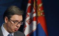 Serbijā aizturētas trīs personas par ietriekšanos ar 'Bentley' prezidenta autokolonnā