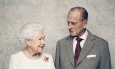 Королева Елизавета и принц Филипп устроили только частный прием в честь 70-й годовщины свадьбы