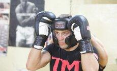 Kubiešu bokseris Dortikoss kļūst par vienu no Brieža pretiniekiem boksa supersērijā