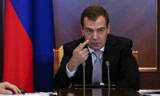 Medvedevs mudina Ukrainas varasiestādes nekļūt par 'kājslauķi'