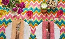 Vasaru svinot: gaumīgi knifiņi skaistam galda klājumam