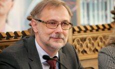 Rîgas Stradiòa universitâte paraksta vienoðanos ar Izglîtîbas un zinâtnes ministriju par Eiropas Reìionâlâ attîstîbas fonda finansçjuma saòemðanu pirmâ inovatîva izglîtîbas tehnoloìiju centra izveidei Baltijâ
