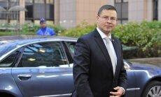 Dombrovskis: tiek meklēti veidi, kā investoriem sadārdzināt uzturēšanās atļauju iegūšanu