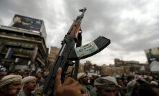Jemenas prezidents pametis valsti; Saūda Arābija turpina bombardēt nemiernieku pozīcijas