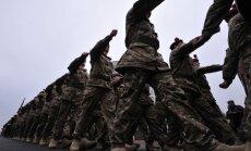 Britu karavīram par uzbrukumu Vecrīgas ēstuvē piespriež naudas sodu