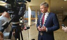 Pēc deviņu stundu diskusijām Ušakovs trešo reizi kļūst par Rīgas mēru