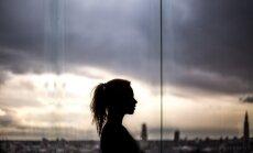 Социальный эксперимент: как реагируют прохожие на насилие по отношению к женщине